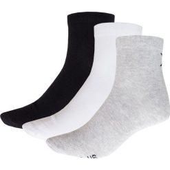 Skarpetki męskie (3 pary) SOM622 - biały + czarny + szary - Outhorn. Białe skarpetki męskie Outhorn, z bawełny. Za 22,99 zł.