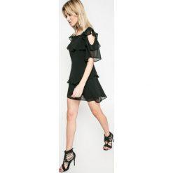 Kiss my dress - Sukienka. Szare sukienki mini marki Kiss My Dress, na co dzień, m, z materiału, casualowe, z okrągłym kołnierzem, z krótkim rękawem, dopasowane. W wyprzedaży za 79,90 zł.