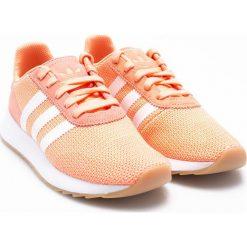 Adidas Originals - Buty FLB_ Runner. Szare buty sportowe damskie adidas Originals, z materiału. W wyprzedaży za 269,90 zł.