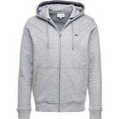Lacoste Bluza z kapturem pluvier chine. Szare bluzy męskie rozpinane marki Lacoste, z bawełny. Za 509,00 zł.