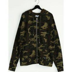 Moro Bluza Defiantly. Czarne bluzy męskie rozpinane marki Born2be, l, z aplikacjami, z dresówki. Za 64,99 zł.