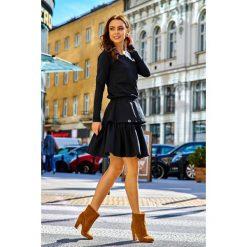 KLARA Casualowa sukienka z podwójną falbanką czarny. Niebieskie długie sukienki marki numoco, na imprezę, s, w kwiaty, z jeansu, sportowe, sportowe. Za 169,00 zł.