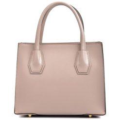 Torebki klasyczne damskie: Skórzana torebka w kolorze pudrowym – (S)26 x (W)21,5 x (G)12,5 cm
