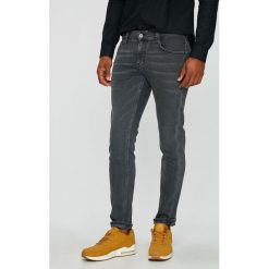 Mustang - Jeansy Oregon Tapered. Czarne jeansy męskie z dziurami marki Mustang, l, z bawełny, z kapturem. Za 339,90 zł.