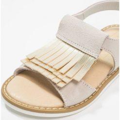 Friboo Sandały beige. Czerwone sandały chłopięce marki Friboo, z materiału. Za 169,00 zł.