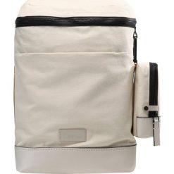 Plecaki męskie: Calvin Klein MODERN BOUND FASHION Plecak beige