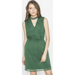 Only - Sukienka. Szare sukienki mini marki ONLY, na co dzień, z poliesteru, casualowe, z krótkim rękawem, rozkloszowane. W wyprzedaży za 89,90 zł.