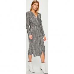 Vila - Sukienka. Szare sukienki z falbanami marki Vila, na co dzień, z poliesteru, casualowe, midi, proste. W wyprzedaży za 149,90 zł.