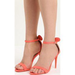 Pomarańczowe Sandały Cute Mouse. Brązowe rzymianki damskie Born2be, z materiału, na wysokim obcasie, na obcasie. Za 79,99 zł.