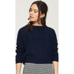 Sweter z warkoczowym splotem - Niebieski. Niebieskie swetry klasyczne damskie marki Sinsay, l, ze splotem. W wyprzedaży za 29,99 zł.