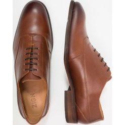 Zign Eleganckie buty cognac. Brązowe buty wizytowe męskie Zign, z materiału, na sznurówki. Za 379,00 zł.