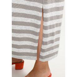 Długie sukienki: Zizzi Długa sukienka tarmac