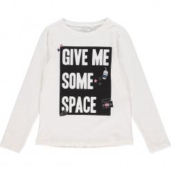 """Koszulka """"Rayan"""" w kolorze białym. Białe t-shirty chłopięce z długim rękawem Name it Kids, z bawełny. W wyprzedaży za 32,95 zł."""