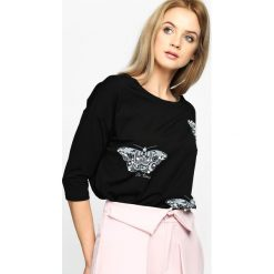 Czarna Bluzka Be Kind. Szare bluzki nietoperze marki TOMMY HILFIGER, m, z nadrukiem, z bawełny, casualowe, z okrągłym kołnierzem. Za 39,99 zł.