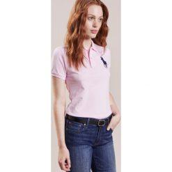 Polo Ralph Lauren Koszulka polo country club pink/navy. Czerwone bluzki damskie Polo Ralph Lauren, xl, z bawełny, polo. Za 509,00 zł.