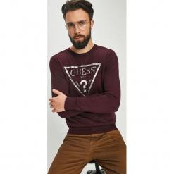 Guess Jeans - Sweter Yoda. Szare swetry klasyczne męskie marki Guess Jeans, l, z aplikacjami, z bawełny. W wyprzedaży za 319,90 zł.