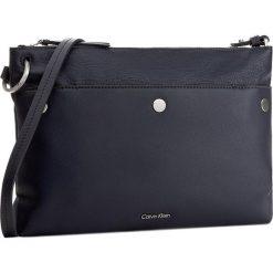 Torebka CALVIN KLEIN BLACK LABEL - LE4 Medium Crossover K60K603561  411. Czarne listonoszki damskie marki Calvin Klein Black Label, z materiału. W wyprzedaży za 339,00 zł.
