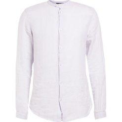 Emporio Armani Koszula bianco nordico. Niebieskie koszule męskie marki Emporio Armani, m, ze lnu. W wyprzedaży za 379,50 zł.