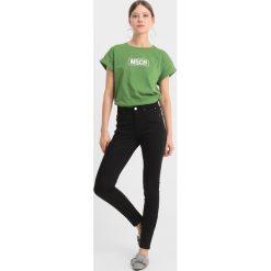 Calvin Klein Jeans SCULPTED SKINNY Jeans Skinny Fit infinite black. Czarne jeansy damskie relaxed fit Calvin Klein Jeans, z bawełny. W wyprzedaży za 407,20 zł.