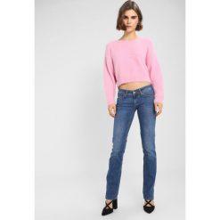 Odzież damska: Mustang GINA Jeansy Straight Leg super bleach