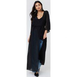 NA-KD Boho Sukienka-płaszcz z szyfonu - Black. Niebieskie sukienki boho marki NA-KD Boho, na imprezę, w koronkowe wzory, z koronki, na ramiączkach, mini. Za 161,95 zł.