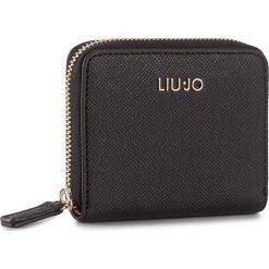 Mały Portfel Damski LIU JO - S Zip Around Manhatt A18158 E0499 Nero 22222. Czarne portfele damskie marki Liu Jo, z materiału. W wyprzedaży za 229,00 zł.