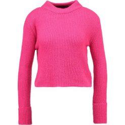 Swetry klasyczne damskie: Topshop Petite LOFTY TURNBACK   Sweter brightpink