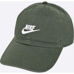 Nike Sportswear - Czapka. Szare czapki z daszkiem męskie Nike Sportswear, z bawełny. Za 89,90 zł.
