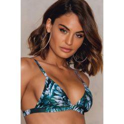 Stroje kąpielowe damskie: Hot Anatomy Góra bikini Triangle - Black,Blue,Multicolor