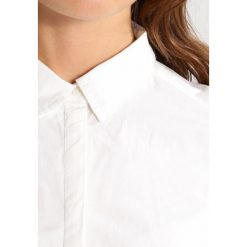 Koszule wiązane damskie: Vero Moda VMPOPPY Koszula snow white
