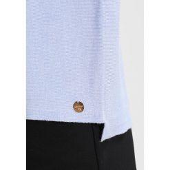 Swetry klasyczne damskie: Rich & Royal CREW NECK Sweter light blue