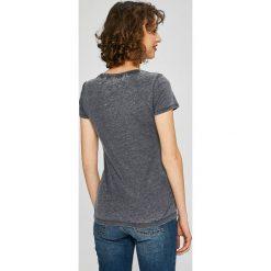 Guess Jeans - Top. Szare topy damskie marki Guess Jeans, na co dzień, l, z aplikacjami, z bawełny, casualowe, z okrągłym kołnierzem, mini, dopasowane. W wyprzedaży za 149,90 zł.