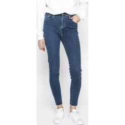 Levi's - Jeansy 714. Brązowe jeansy damskie rurki marki Levi's®, z podwyższonym stanem. Za 399,90 zł.