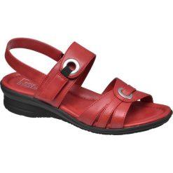 Sandały damskie Easy Street czerwone. Czerwone rzymianki damskie Easy Street, z materiału, na obcasie. Za 99,90 zł.