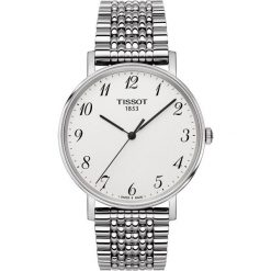 PROMOCJA ZEGAREK TISSOT Everytime Gent T109.410.11.032.00. Białe zegarki męskie marki TISSOT, ze stali. W wyprzedaży za 968,00 zł.