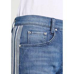 Freeman T. Porter SOLENN Jeansy Slim Fit blue. Niebieskie jeansy damskie relaxed fit marki Freeman T. Porter. W wyprzedaży za 439,20 zł.