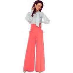 Eleganckie spodnie z wysokim stanem łosoś. Różowe spodnie z wysokim stanem Bergamo. Za 249,99 zł.