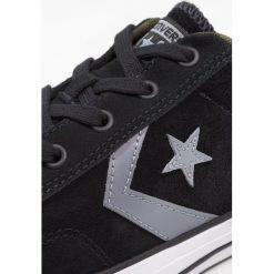 Converse STAR PLAYER OX CAMO SUEDE Tenisówki i Trampki black/cool grey/white. Szare tenisówki damskie marki Converse, z gumy. W wyprzedaży za 305,10 zł.