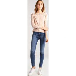 Swetry klasyczne damskie: ONLY ONLMAIA Sweter cream tan