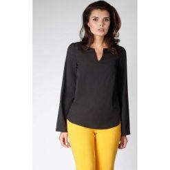Czarna Bluzka z Długimi Rozszerzanymi Rękawami. Czarne bluzki longsleeves Molly.pl, l, eleganckie, dekolt w kształcie v. W wyprzedaży za 97,56 zł.