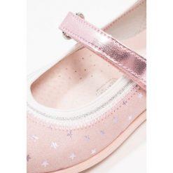 Friboo Baleriny z zapięciem pink. Czerwone baleriny dziewczęce marki Friboo, z materiału. Za 149,00 zł.