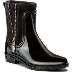Kalosze TOMMY HILFIGER - Odette 12R1 FW0FW01935 Black 990. Czarne buty zimowe damskie marki Lemon Jelly, z gumy. W wyprzedaży za 249,00 zł.
