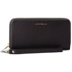 Duży Portfel Damski COCCINELLE - CW5 Metallic Soft E2 CW5 11 05 01 Noir 001. Czarne portfele damskie marki Coccinelle. W wyprzedaży za 419,00 zł.