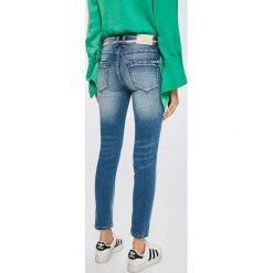 Answear - Jeansy Wiya for Answear. Niebieskie jeansy damskie rurki marki ANSWEAR, z bawełny. W wyprzedaży za 99,90 zł.