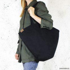 Shelly bag czarna torba nubuk syntetyczny vegan. Czarne torebki klasyczne damskie Pakamera, w paski, z nubiku. Za 165,00 zł.