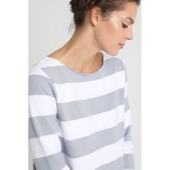Bluzy rozpinane damskie: Juvia STRIPE Bluza white/smokey blue