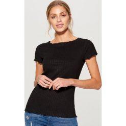 Koszulka z prążkowanego materiału - Czarny. Brązowe t-shirty damskie marki Mohito, m. Za 39,99 zł.