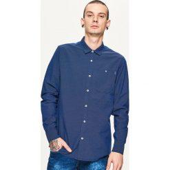 Koszula z mikrowzorem - Granatowy. Niebieskie koszule męskie marki Cropp, l. Za 79,99 zł.