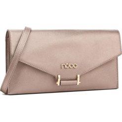 Torebka NOBO - NBAG-D3410-C004 Pudrowy Róż. Czerwone torebki klasyczne damskie marki Nobo, ze skóry ekologicznej. W wyprzedaży za 109,00 zł.