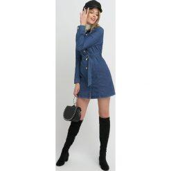 Sukienki hiszpanki: Jeansowa sukienka szmizjerka